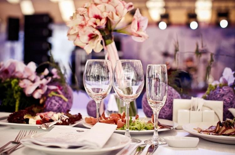 結婚式,テーブルコーディネート,節約
