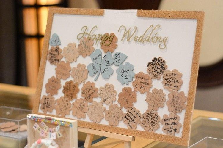 結婚式では定番のアイテムとなっているハートドロップスをクローバードロップスに