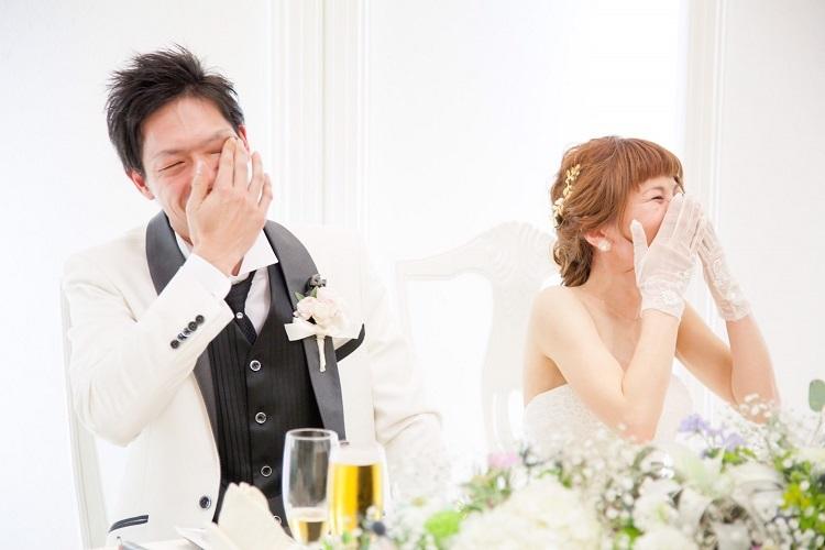 新婦の友人スピーチで私より泣く旦那さんに気づいて爆笑