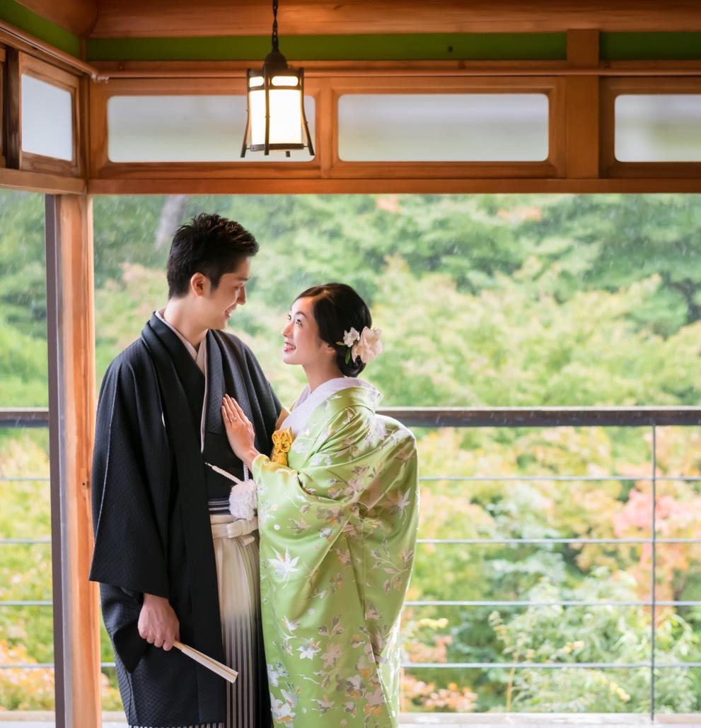 金沢の辻家庭園で和装前撮り 白無垢 色打掛フォトをお披露目 美